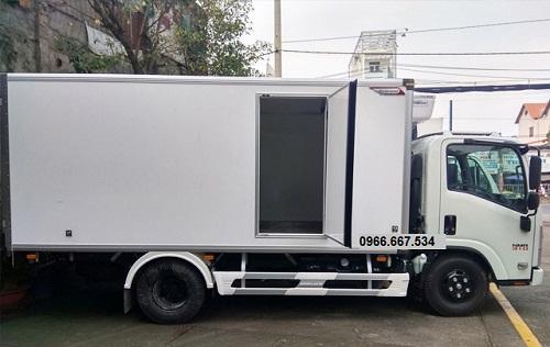 xe tải 1t9 thùng bảo ôn