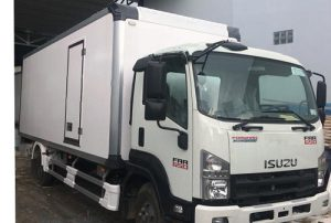 Xe tải Isuzu FRR 650 – 6.5 tấn thùng bảo ôn