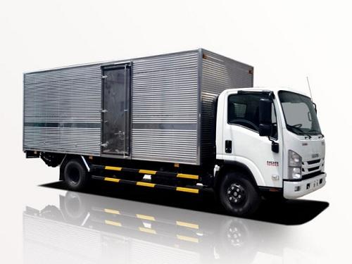 Xe tải Isuzu NQR 550 – 5 tấn thùng kín