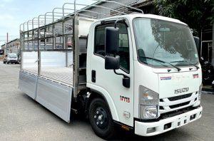 Xe tải Isuzu NMR 310 – 2.1 tấn thùng mui bạt