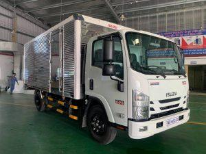 Xe tải Isuzu NPR 400 – 3.9 tấn thùng kín
