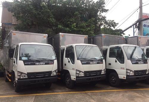 giá xe tải isuzu 2.4 tấn