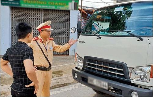 phạt xe tải