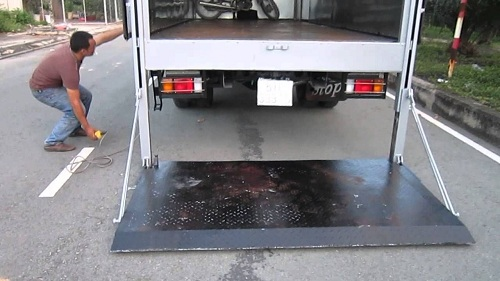 chế bửng nâng xe tải