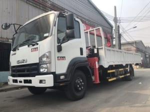 xe tải cẩu 2.5 tấn