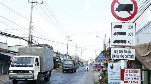 Các biển cấm tải trọng và tổng tải trọng-Lệnh cấm xe tải mới nhất